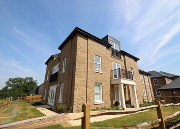 Thumbnail 1 bed flat to rent in Merry Hill Road, Bushey