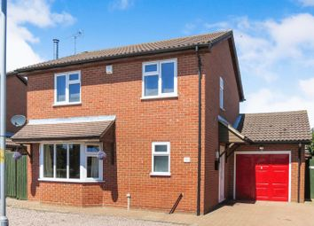 Thumbnail 3 bed detached house for sale in Hawthorn Road, Bourne