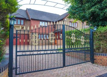 Thumbnail 6 bed detached house for sale in Great Woodcote Park, Purley