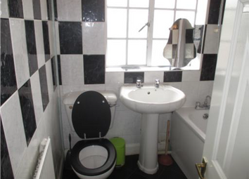 Thumbnail 4 bed semi-detached house to rent in Easton Street, High Wycombe