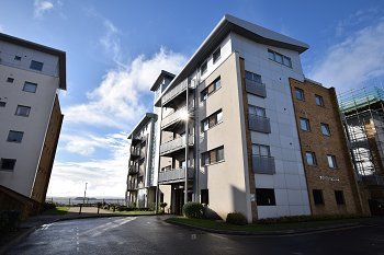 Thumbnail 2 bedroom flat to rent in Puffin House, 11 Stone Close, Poole