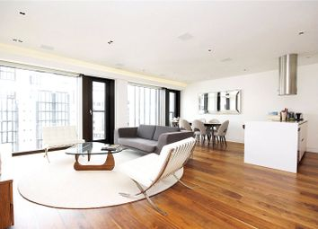 Thumbnail 3 bed flat to rent in Roman House, London