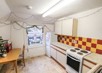 Thumbnail 3 bed flat to rent in Broad Street, Penryn