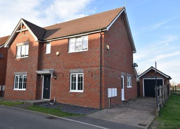 Thumbnail 4 bed detached house for sale in Saxon Gate, Burghfield, Reading