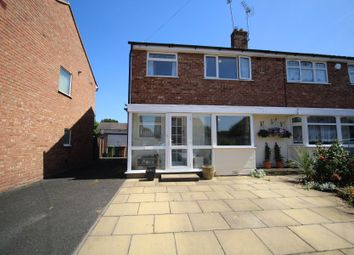 Clinton Grove, Shirley, Solihull B90. 3 bed semi-detached house