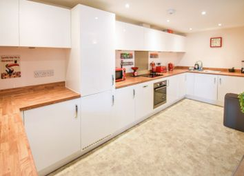 Thumbnail 1 bed flat for sale in 64 Broomfield Road, Chelmsford