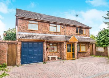 Thumbnail 4 bed detached house for sale in Maralyn Avenue, Waterlooville