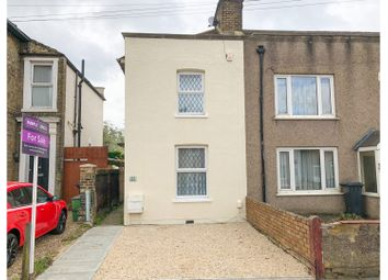 2 bed end terrace house for sale in Junction Road, South Croydon CR2