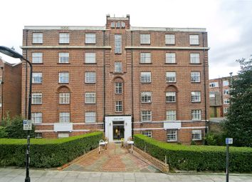 Thumbnail 3 bedroom flat to rent in Ashley Court, Frognal Lane, London