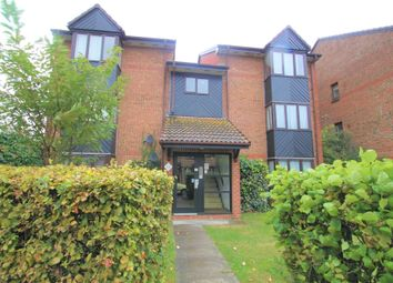 Thumbnail Studio to rent in Hawthorne Crescent, West Drayton, Greater London