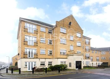 Thumbnail 2 bed flat to rent in Scott Road, Edgware