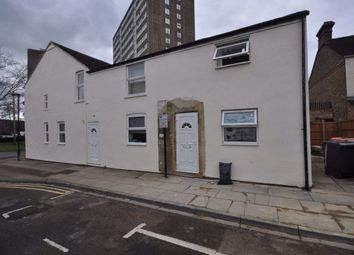 Thumbnail 2 bed flat to rent in Queen Street, Bedford