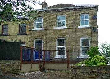 Thumbnail 2 bed flat to rent in Thornhill Road, Rastrick, Brighouse