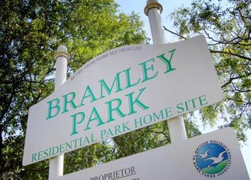 Thumbnail 2 bedroom mobile/park home for sale in Bramley Park, Marsh Lane, Sheffield, Derbyshire