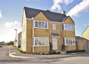 Robinson Lane, Windrush Place, Witney OX29, south east england property