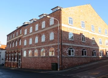 Thumbnail 2 bed flat to rent in High Street, Barton-Upon-Humber