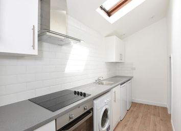 Thumbnail 1 bedroom flat to rent in Magdalen Road, East Oxford