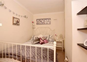 Thumbnail 1 bed maisonette for sale in London Road, Southborough, Tunbridge Wells, Kent