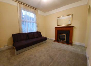 Besley Street, Streatham Common, London SW16. Studio to rent