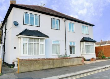 Thumbnail 2 bedroom flat for sale in Maldon Road, Southend-On-Sea
