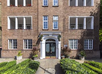 Mulberry Close, Beaufort Street, London SW3. 1 bed flat for sale