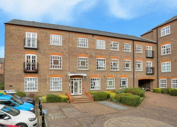 Thumbnail 2 bedroom flat to rent in Milliners Court, St Albans, Herts