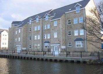 Thumbnail 2 bedroom flat to rent in Waters Walk, Apperley Bridge, Bradford