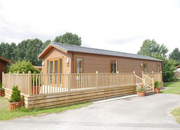 Thumbnail 2 bed mobile/park home for sale in Hull Road, Wilberfoss, York