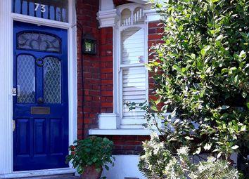 St. Elmo Road, Shepherds Bush W12. 2 bed flat