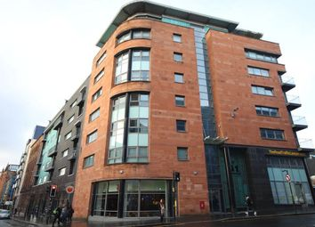 Thumbnail 2 bed flat to rent in High Street, Glasgow