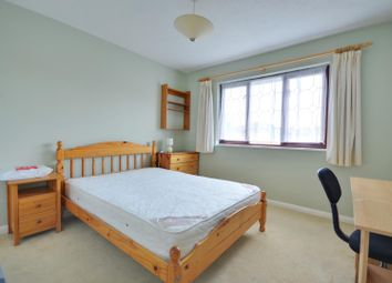 Thumbnail 6 bed property to rent in Robins Close, Uxbridge, Middlesex