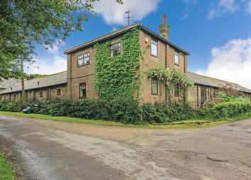 Thumbnail 2 bed barn conversion for sale in West Leith, Tring