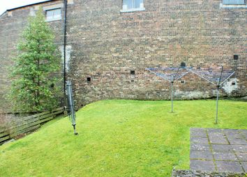 Thumbnail 2 bed flat to rent in Boreland Road, Inverkeithing, Fife