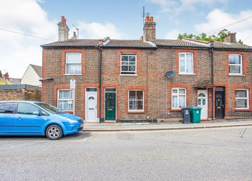 Cardiff Road, Watford, Hertfordshire WD18. 2 bed terraced house