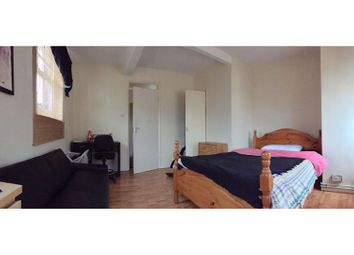 Thumbnail 1 bed property to rent in Montclare Street, London