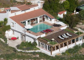 Thumbnail 5 bed villa for sale in Riogordo, Axarquia, Andalusia, Spain