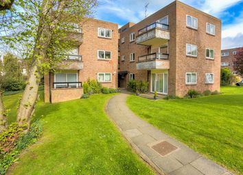 Thumbnail 2 bed flat for sale in Milton Road, Harpenden