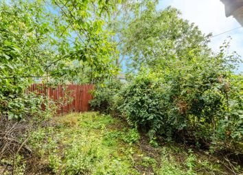 3 bed property for sale in Foxborough Gardens, Ladywell, London SE4