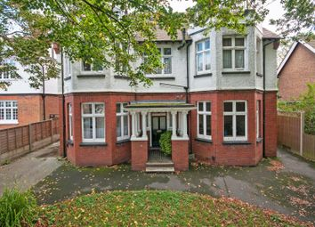 Thumbnail 1 bedroom flat to rent in Cavendish Road, Redhill