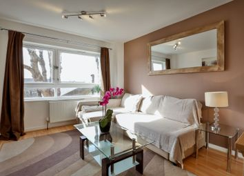 2 bed maisonette for sale in Garrick Close, Wandsworth SW18