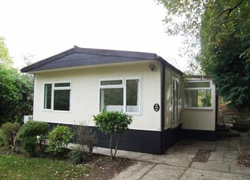 Thumbnail 2 bed mobile/park home for sale in Wren Street, Turners Hill, West Sussex