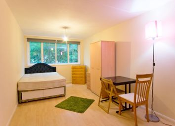 Thumbnail 4 bed flat to rent in Paveley Street, London