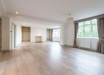 Thumbnail 3 bedroom flat to rent in Onslow Crescent, South Kensington, Gloucester Road