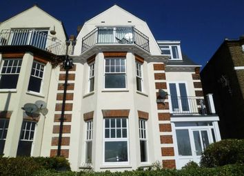 Thumbnail 1 bedroom flat to rent in Grand Parade, Leigh-On-Sea, Essex