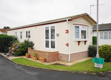 Thumbnail 2 bedroom mobile/park home for sale in Stour Park, New Road, Bournemouth