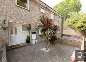 Sheldrake Close, London E16. 3 bed terraced house
