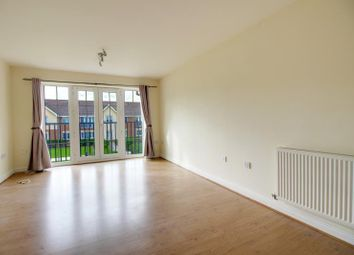 Coleridge Way, Borehamwood WD6. 2 bed flat to rent