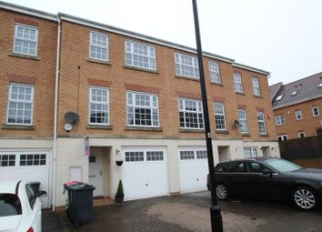 3 bed town house for sale in Silverwood Close, Rotherham S66
