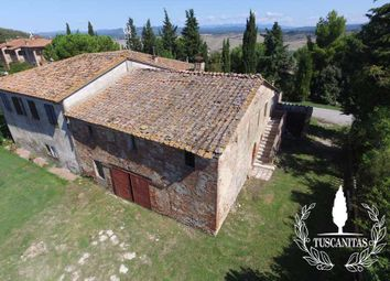 Thumbnail 8 bed country house for sale in Strada Provinciale 438, Asciano, Siena, Tuscany, Italy