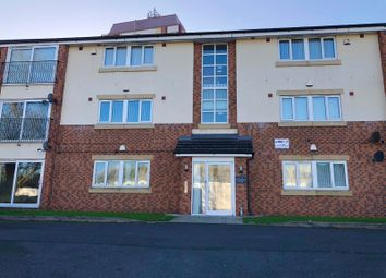 2 bed flat to rent in New Chester Road, Wirral CH42